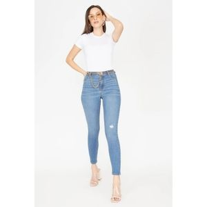 Size 1- Refuge Madrid High-Rise Medium Wash